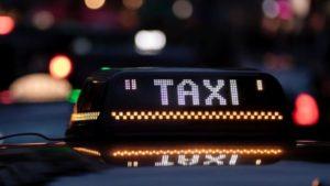 Licence taxi +véhicule à vendre