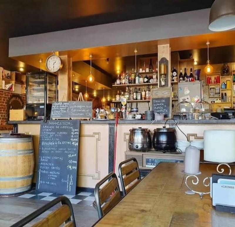 Belle Brasserie à remettre à Bruxelles, place du Jeu de Balle