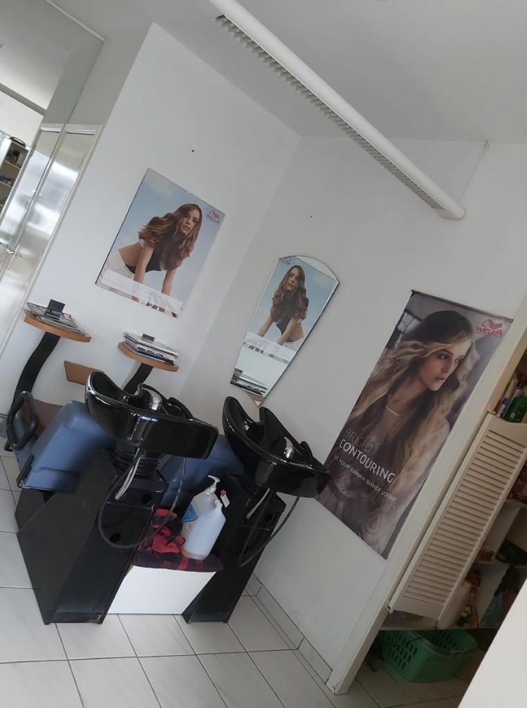 salon de coiffure à louer La Louvière